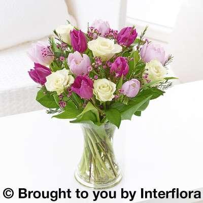 Weymouth dorset floristdorchester dorset floristsportland dorset spring garden hand tied incse mightylinksfo